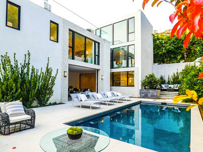 Kendall Jenner Unloads Jinxed West Hollywood Home