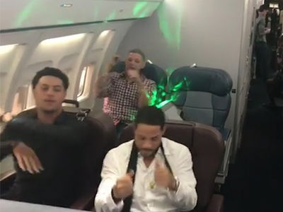 Yadier Molina & St. Louis Cardinals Have Latin Trap Dance Party On Team Plane