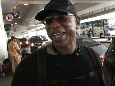 Eric Dickerson Plans to Golf with O.J. Simpson When He Gets Out of Jail
