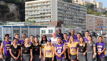 Magic Johnson Wraps Up $3 Million Yacht Vacation, Gifts Lakers Jerseys to Crew