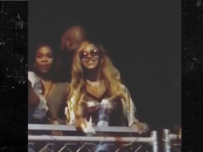Jay-Z Leads Concert Fans in Singing 'Happy Birthday' to Beyonce