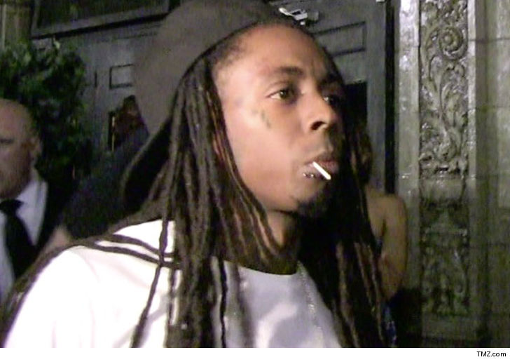 52514daef Lil Wayne s been released from the hospital