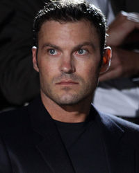 Online dating rituals of the american male brian austin