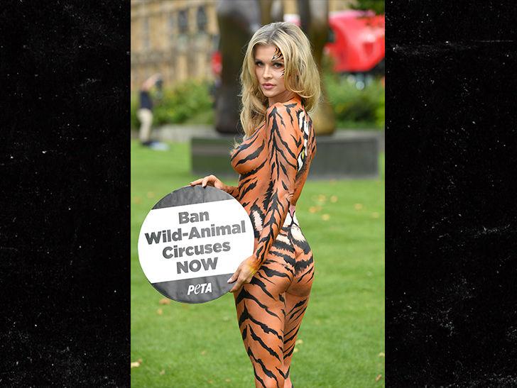 Tigre girl twerk show - 1 9
