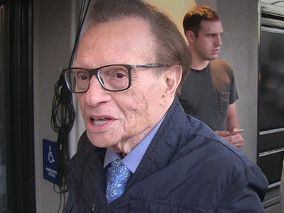 Larry King Battles Lung Cancer, Wins