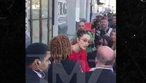 Bella Hadid Roughs Up Security Roughing Up Female Photog