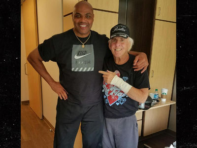 Ric Flair Cheeses with Charles Barkley at Physical Therapy Center