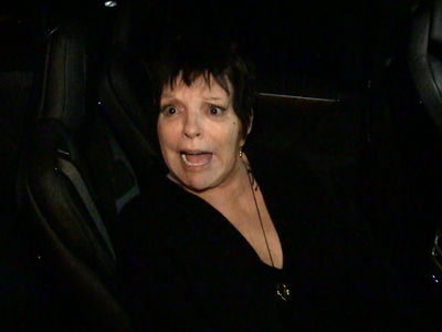 Liza Minnelli Shoots Down Rumors, Proves She Can Still Sing!