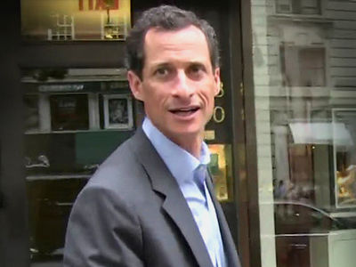 Anthony Weiner, Prosecutors Want Him Locked Up in Prison for Up to 27 Months