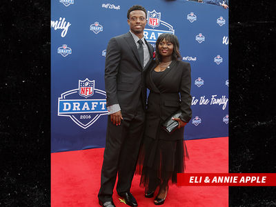 Eli Apple's Mom In Nasty Divorce, Battle Over NFL Star's NCAA Rings