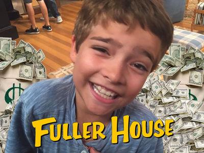'Fuller House' Star Elias Harger Pockets More Than $10k An Episode