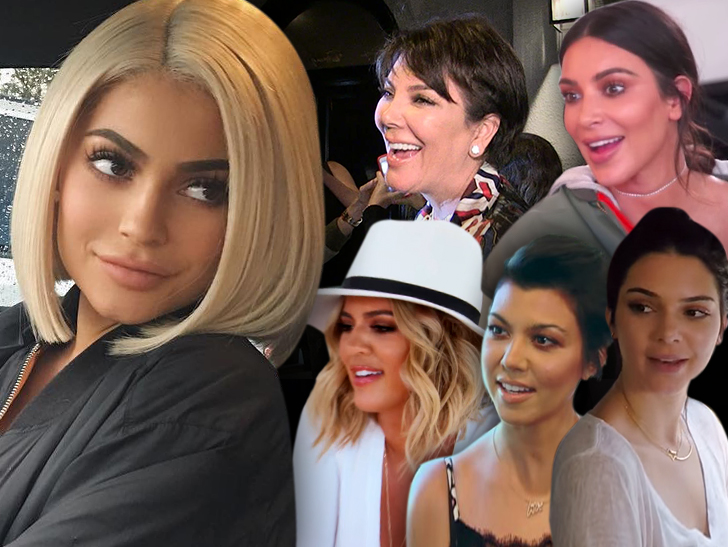Kylie Jenner S Pregnancy Gets Kardashian Stamp Of Approval Tmz Com