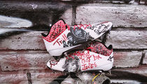 NFL's Chris Johnson Gets Tupac Cleats, Picture Me Rollin!!!
