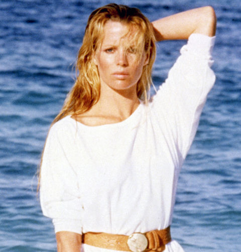 Kim Basinger took the world by storm with her smokin' hot Playboy pics ... her eye-popping role as Bond Girl Domino Petachi in 'Never Say Never Again' ... and her vixenous character Vicki Vale in Tim Burton's 'Batman.'