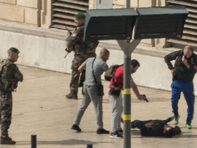 Marseille Terror Attack: Man Kills 2 Women with Knife, Gets Gunned Down (UPDATE)