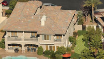 O.J. Simpson Staying In Massive Vegas Home on Golf Course