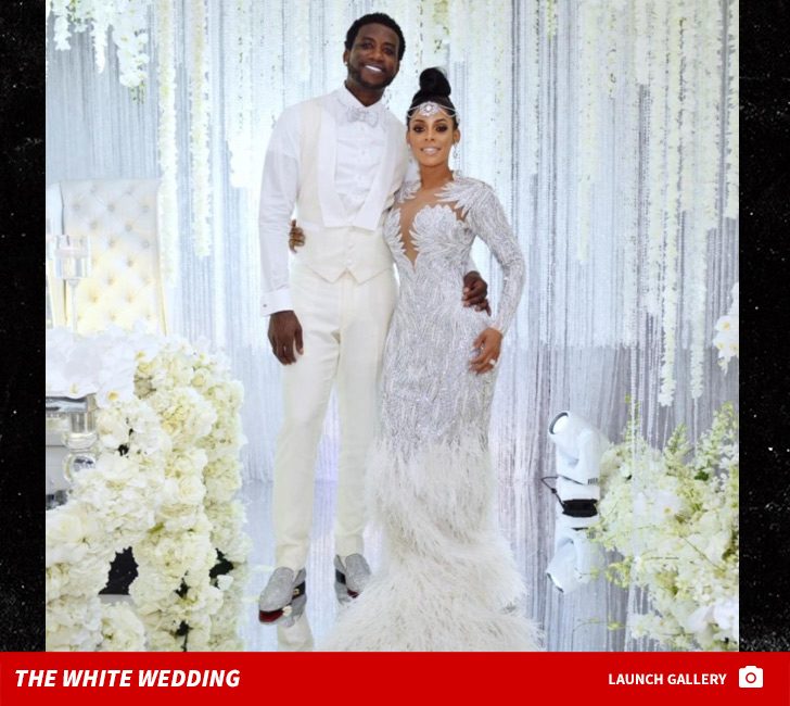 Gucci mane marries keyshia kaoir in all white wedding tmz gucci mane and keyshia kaoir finally tied the knot in front of tv cameras all in white with a super famous guest list and best of all junglespirit Images