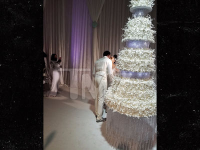 Gucci Mane and Keyshia's Wedding Cake Cost $75k, Took Months to Plan
