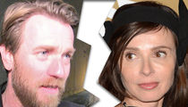 Ewan McGregor Split from His Wife in May, Mary Elizabeth Winstead Kissing Photos Surface