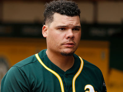 Restaurant Claims MLB's Bruce Maxwell Lied About Trump Service Refusal