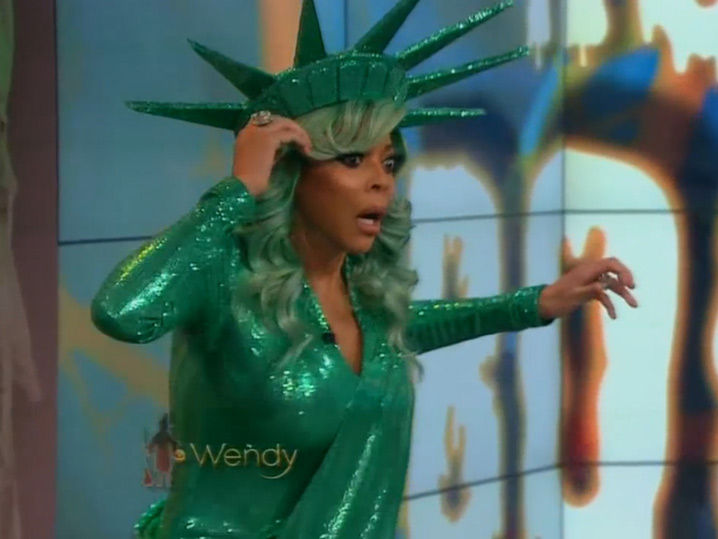 Wendy Williams Passes Out On Live Tv  Tmzcom-9801