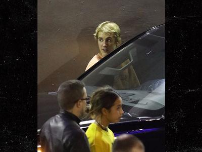 Justin Bieber, Selena Gomez Spend Saturday at Hillsong Church