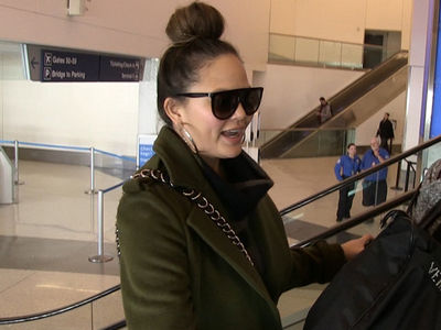 Chrissy Teigen Says She'd Leave Another $1,000 Tip