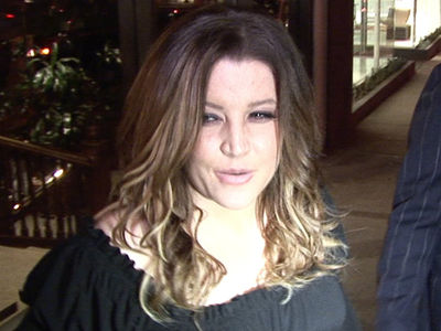 Lisa Marie Presley to Sue Business Manager for Allegedly Squandering $100 Million
