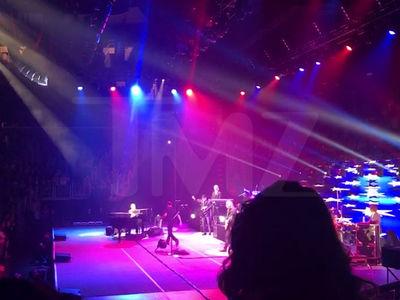 Elton John, I'm Not Playing this Wonky Piano!!!