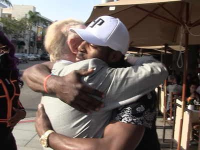 Vin Scully & Yasiel Puig, Emotional Reunion On Bev Hills Street Corner!