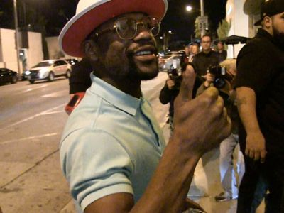 Floyd Mayweather Balls Out in L.A., But There's One Thing He Won't Discuss ...