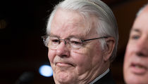 Texas Congressman Joe Barton Apologizes for Sending Nude Pic to Woman, Not His Wife