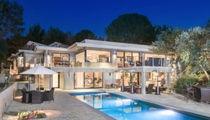 Jane Fonda Sells Beverly Hills Home for Nearly $10 Million