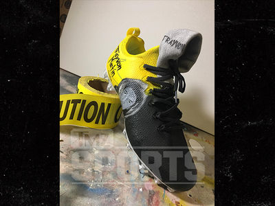 NFL's Anthony Walker Honors Trayvon Martin With Custom Cleats