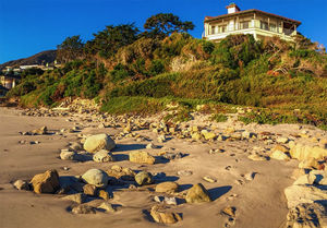 Cindy Crawford and Rande Gerber's Malibu Mansion -- $OLD!