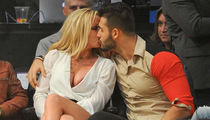 Britney Spears' Courtside PDA Dominates Lakers vs. Warriors