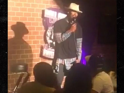 Jamie Foxx Does Stand-Up After 15-Year Hiatus