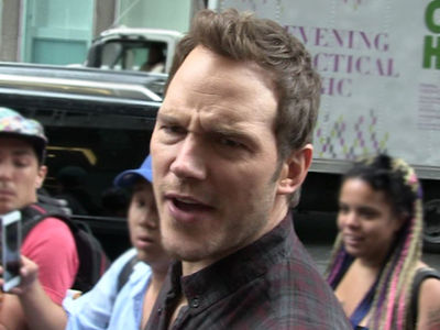 Chris Pratt Warns Women He Has 'Imposter' Who's Preying On Them
