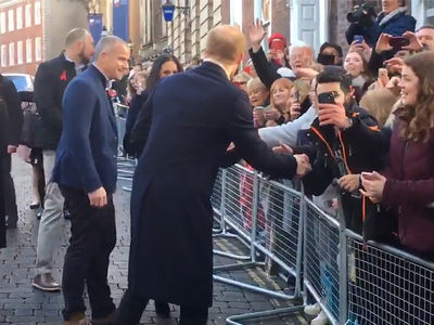 Prince Harry & Meghan Markle Greet Fans in Nottingham