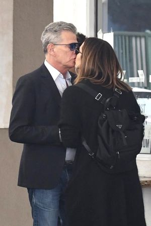 David Foster and Katherine McPhee -- PDA Pics