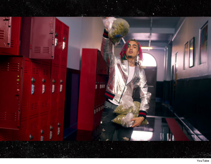 eeb04fef572499 The Archdiocese had zero clue Lil Pump would be rolling up to the school's  parking lot in a Lamborghini with a blunt in one hand and double-cupping in  the ...