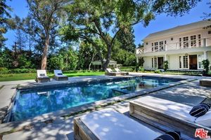 Kyle Richards and Mauricio Umansky's Encino Estate