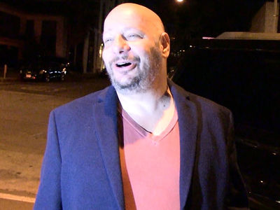 Jeff Ross and Dave Chappelle Say Guy Suing Iliza Shlesinger 'F***ing Crazy,' 'P***y'