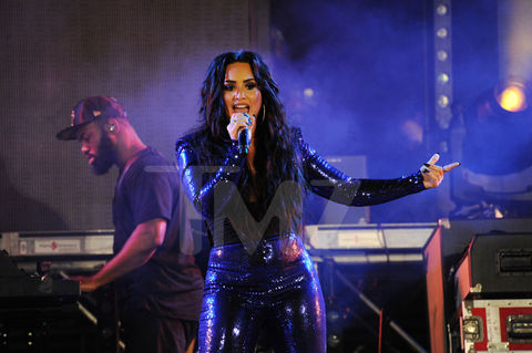 Demi Lovato performing at Fontainebleau Miami Beach