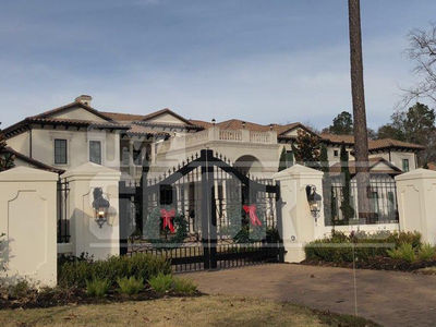 Chris Paul Buys Massive Texas Mansion, 14 Bathrooms!!!