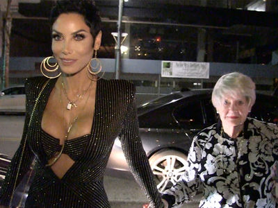Nicole Murphy Celebrates Turning 50 with Mother