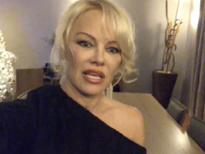 Pam Anderson Says Don't Ride Uber, Lyft Alone