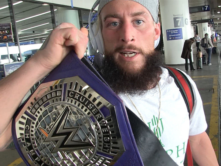 Enzo Amore Hair Former Wwe Superstar Enzo Amore To Make Debut At