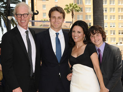 Julia Louis-Dreyfus' Sons Celebrate Her Last Day of Chemo