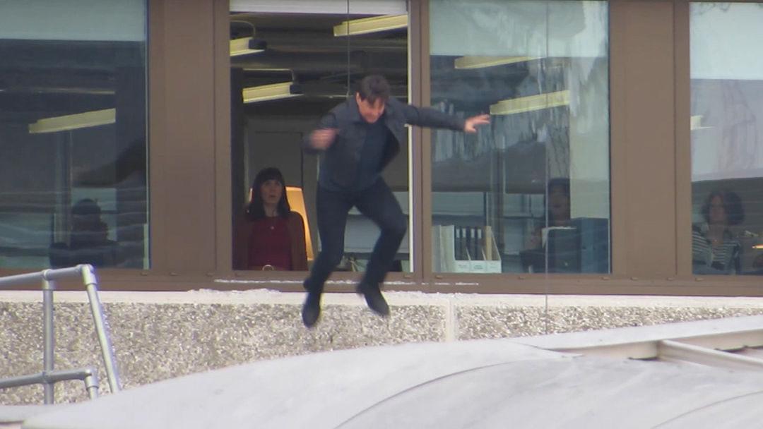 low priced 8b486 ca165 Tom Cruise Makes Second Attempt at  Mission  Impossible  Stunt After ...